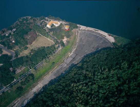 烏山頭ダム