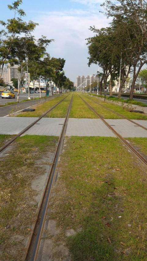 LRT 線路