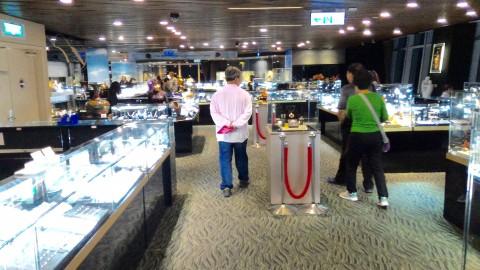 台北101 88階 珊瑚と宝石展示販売