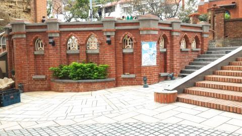淡水教会正面左