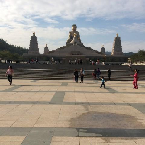 佛陀紀念館上の仏様