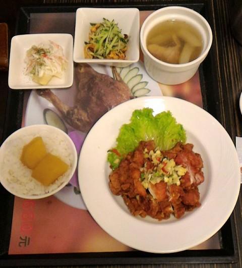 排骨と芋ご飯セット