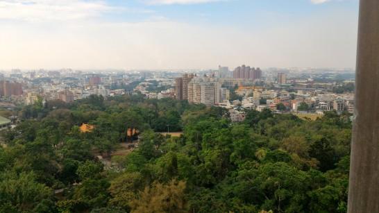 射日塔展望台から嘉義市を見る