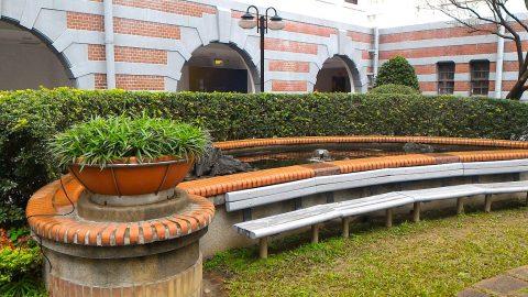 総統府の中庭2