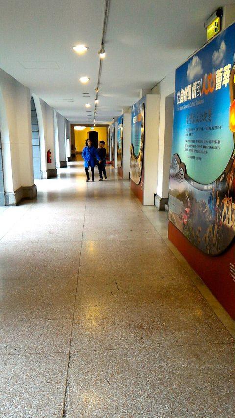 総統府1階廊下