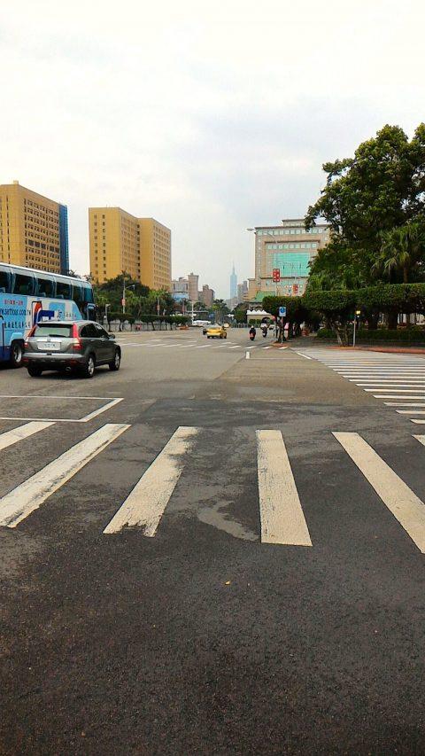 総統府付近から台北101