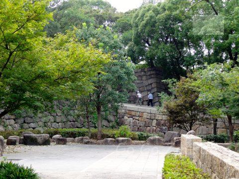 青屋門への進入路2