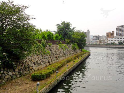 石垣と寝屋川