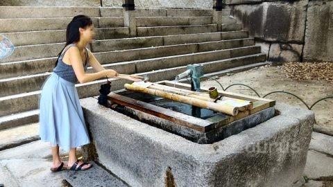 銀明水井戸
