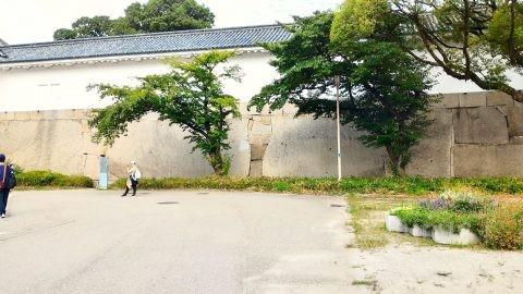 大阪城大手門枡形の巨石