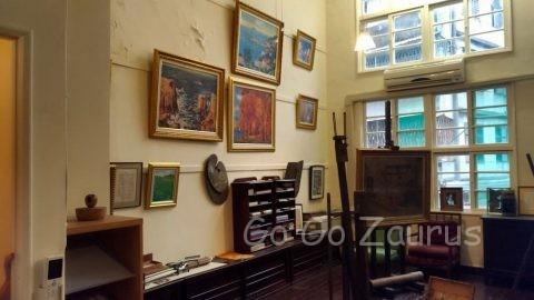 楊三郎画伯の仕事部屋