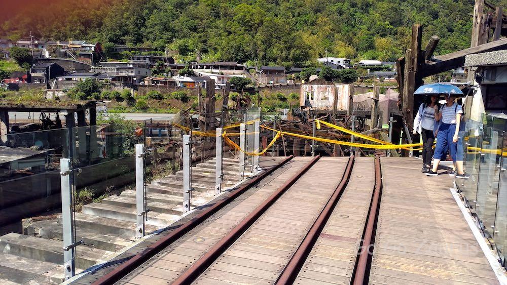 運炭橋上の運搬線路