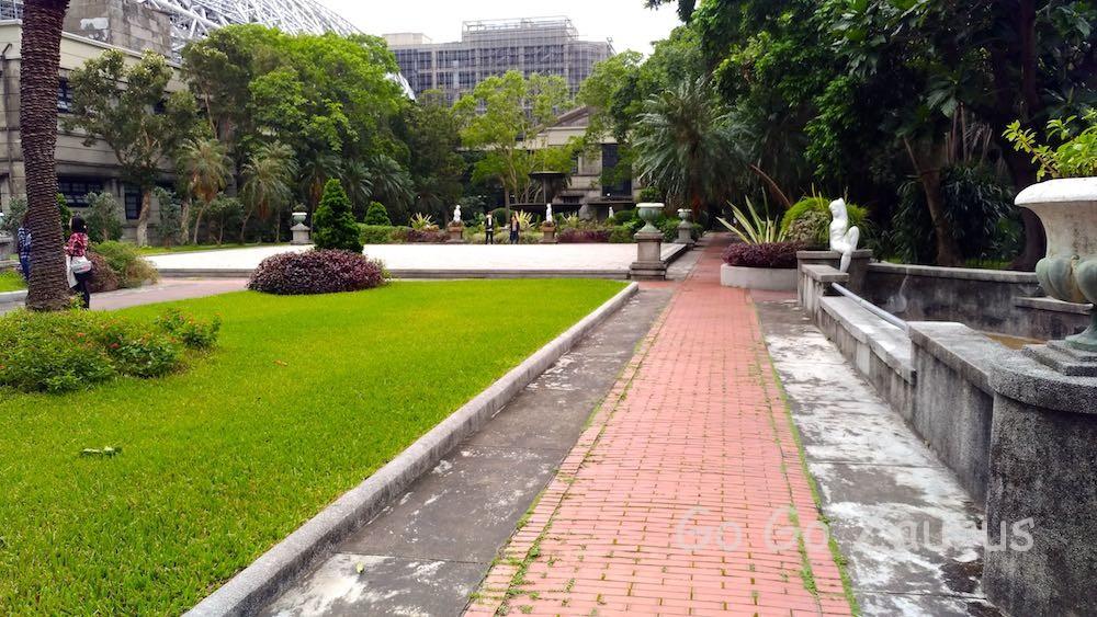 美しいバロック式中庭