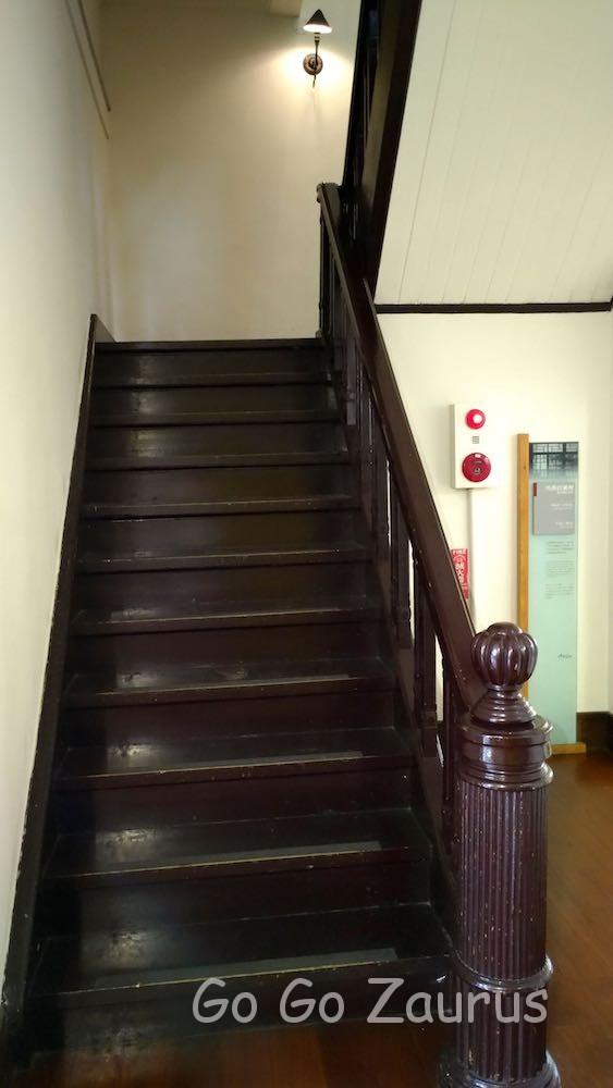 階段も非常に綺麗