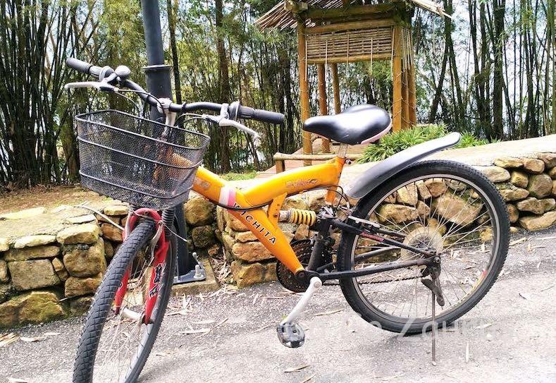 ホテルで借りて湖を一周した自転車