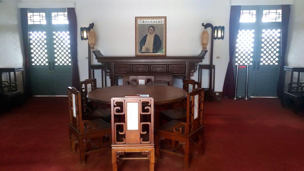 王太夫人紀念堂の展示物の一部