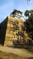 大阪城本丸北西側の隠し曲輪から見た天守閣